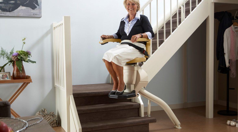 مصاعد الدرج من آمادا